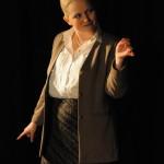 Roolissa: Marika Riikonen Kuva: Eeva Ruokolainen