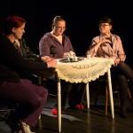 Rooleissa: Sanna Hakola, Annu Hakala ja Matilda Miettinen Kuva: Heli Kärki