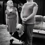 Rooleissa: Anu Rantanen (vas.), Annu Hakala, Anne Kaasinen (istumassa) Kuva: Kaisa Vuorinen