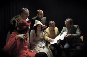 Kulttuurieroja. Rooleissa: (vasemmalta) Pia Moisio, Marja Langi, Nana Liukkonen, Jyri Knuuttila, Kristiina Jakovuori ja Jaakko Katajamäki